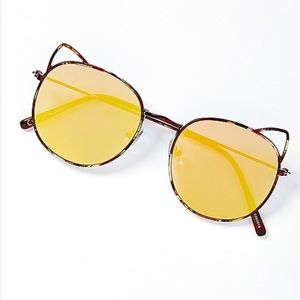 Gold cat eye sunglasses